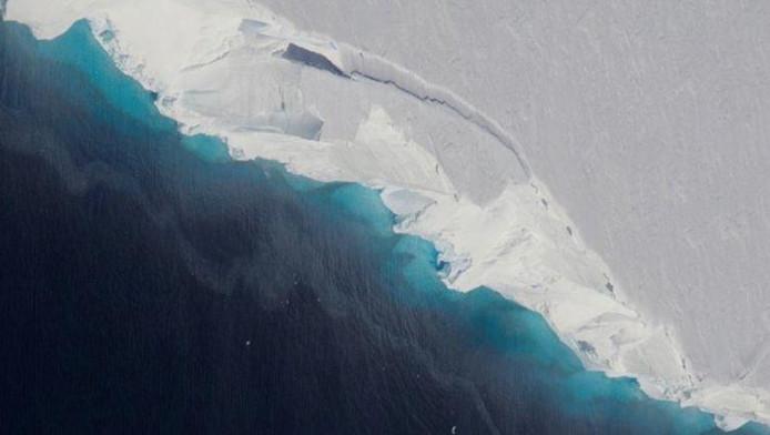 Le glacier de Thwaites vu du ciel.