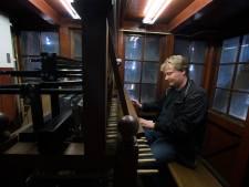Examen op Doesburgs carillon omdat de Dom in Utrecht ingepakt zit