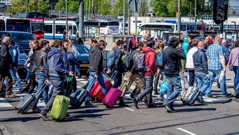 Ondernemers, horeca en bewoners van de binnenstad willen nog hardere maatregelen tegen de drukte Beeld ANP