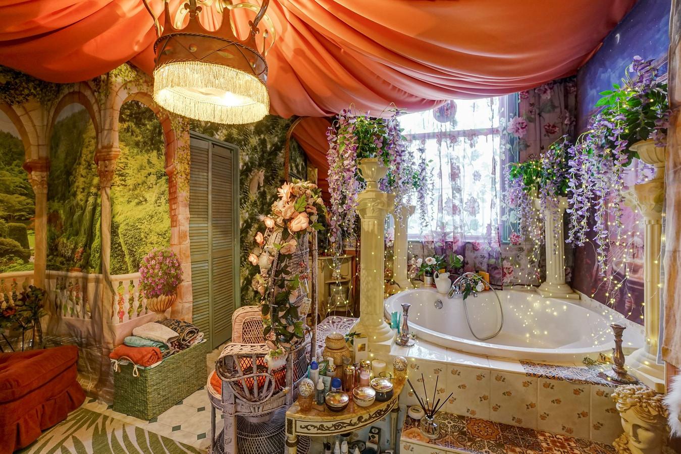 De badkamer van het opvallende huis