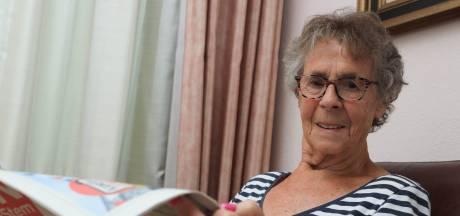 Bijzondere operatie in Oostburg: een buisje zo dun als een haar voorkomt dat Ria blind raakt