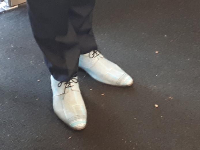 De minister van Volksgezondheid was woensdag in Etten-Leur. En natuurlijk waren de schoenen er ook.
