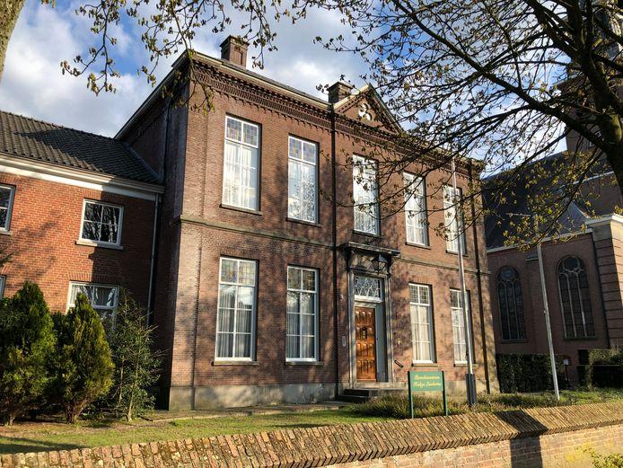 Het huidige parochiecentrum in Udenhout wordt het centrale parochiecentrum van de Johannes XXIII Parochie van Udenhout, Berkel, Enschot en Biezenmortel