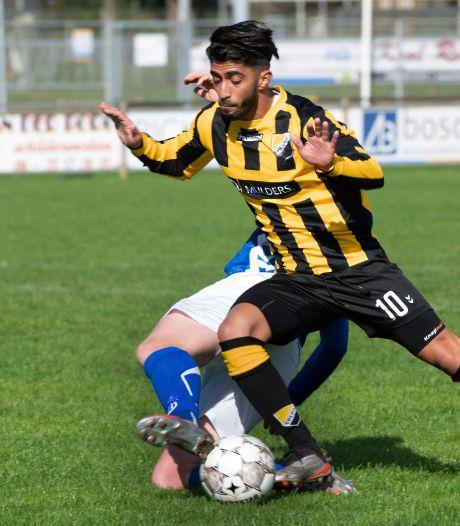 Dit zijn de uitslagen en doelpuntenmakers in Rivierenland: Comeback Buren dankzij hattrick Patrick van Arkel, Theole wint opnieuw niet