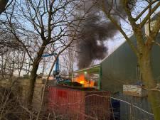 Deventer oudijzerhandelaar die brandweer weigerde wordt niet verdacht van brandstichting