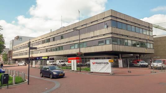 Broerenstraat 53 in Arnhem (hoek Beekstraat). Het kantoor wordt omgebouwd tot wooncomplex Verto Arnhem.