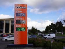 Enorme stormloop op spotgoedkope benzine in Spijkenisse