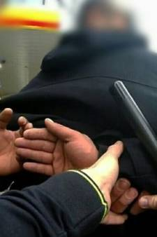 Man na uitschelden agent in Deventer: 'Ik zei: ik vínd. Niet je bént...'