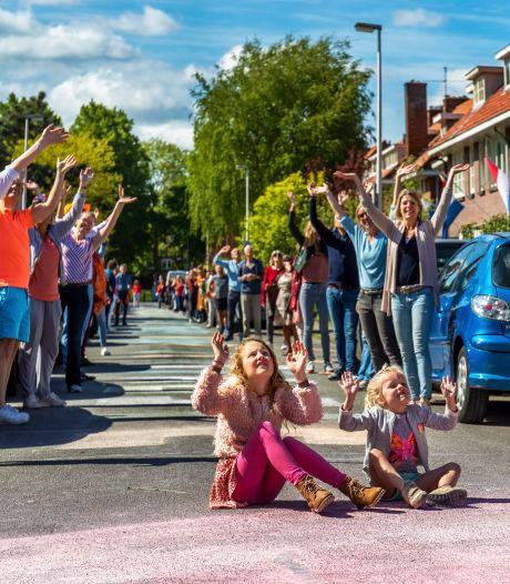 Utrecht zwaait naar de AD-drone tijdens memorabele Bevrijdingsdag