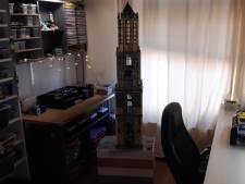 Ben (51) bouwt de Utrechtse Domtoren van Lego: 'Ik denk dat hij voor 90% klopt'