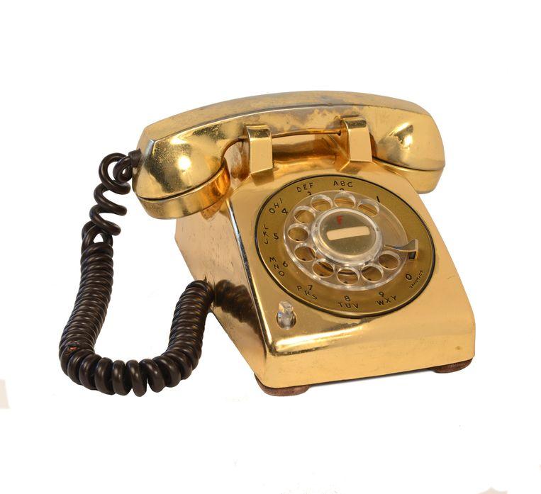 Gouden telefoon. Beeld O2, Londen