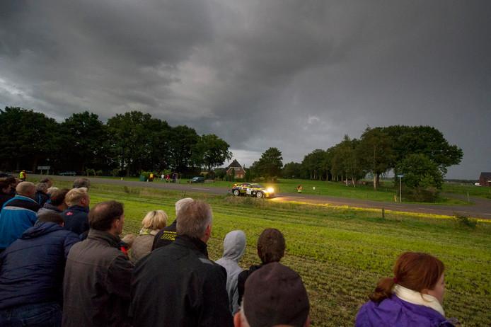 Vrijdagavond 14 september en zaterdag 15 september scheuren de wagens weer voorbij tijdens de Hellendoorn Rally.