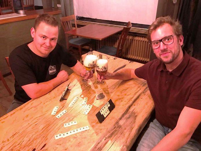 Régis Nelemans (links) en Jos van Aert beginnen op 1 oktober café Grensgeval in het hartje van Zundert.