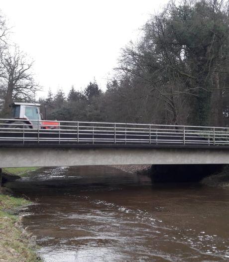 Gemeente Haaksbergen: Vage uitleg Rijkswaterstaat over abrupte afsluiting brug in N18