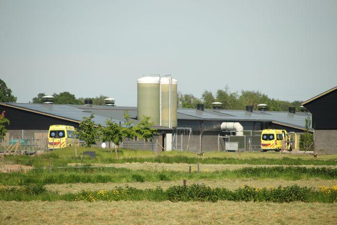 De ambulances bij de Lunterse boerderij