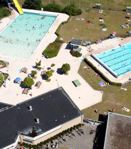 Stichting wil arme gezinnen in Dalfsen aan gratis zwemabonnement helpen, maar wethouder twijfelt aan nut