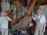 """REEKS UITSTERVEND RAS. Maria De Rooze (74) houdt Heirbrugmolen al 21 jaar draaiende: """"Zeul nog altijd met zakken van 25 kilo tarwe"""""""