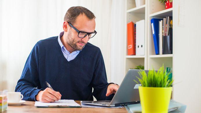 Steeds meer werknemers wordt gevraagd om thuis te werken vanwege het coronavirus.