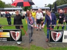 Sportclub Overdinkel neemt vernieuwde grasmat in gebruik en denkt na over kunstgras