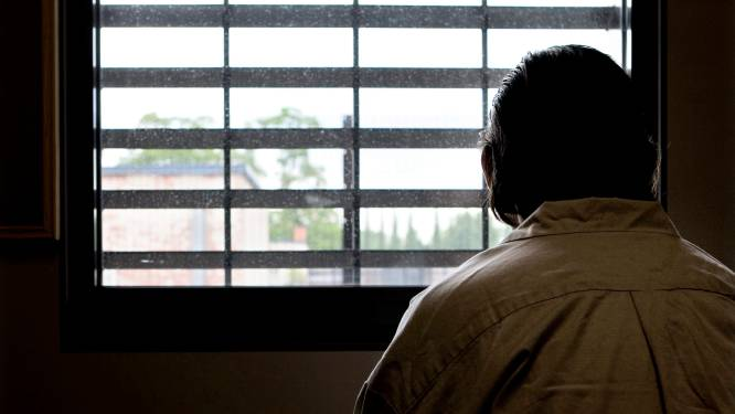 "Mensenrechtenhof: ""Levenslange celstraf met pas na 40 jaar kans op vrijlating schendt mensenrechten"""