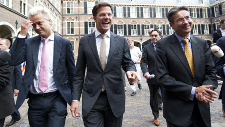 In de loop van de middag schoven de fractievoorzitters Mark Rutte, Geert Wilders en Maxime Verhagen alweer aan bij Opstelten. Foto ANP Beeld