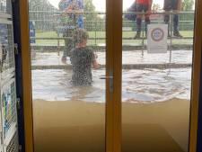 Wolkbreuk tovert Nijmeegse hockeyclub om tot aquarium