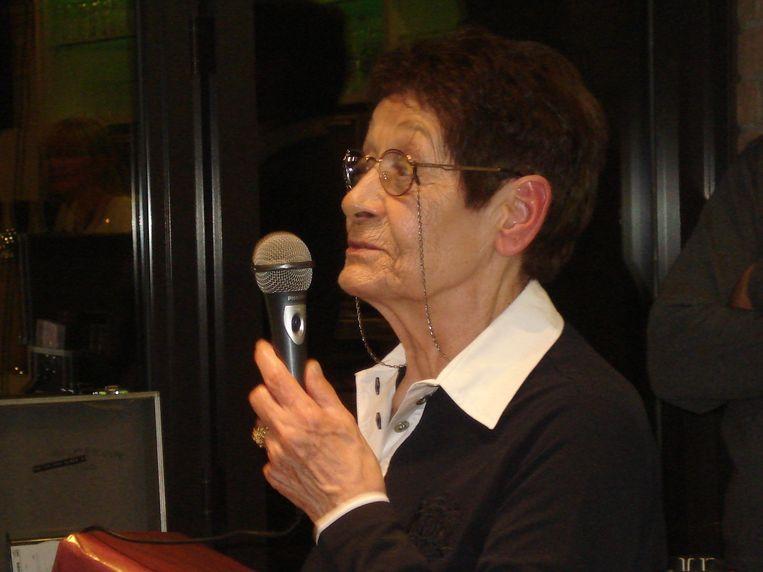 Leona De Byser