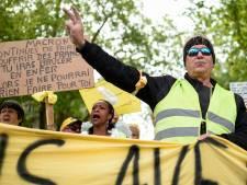 Gele hesjes voor 25ste keer de straat op in Frankrijk, opkomst neemt af