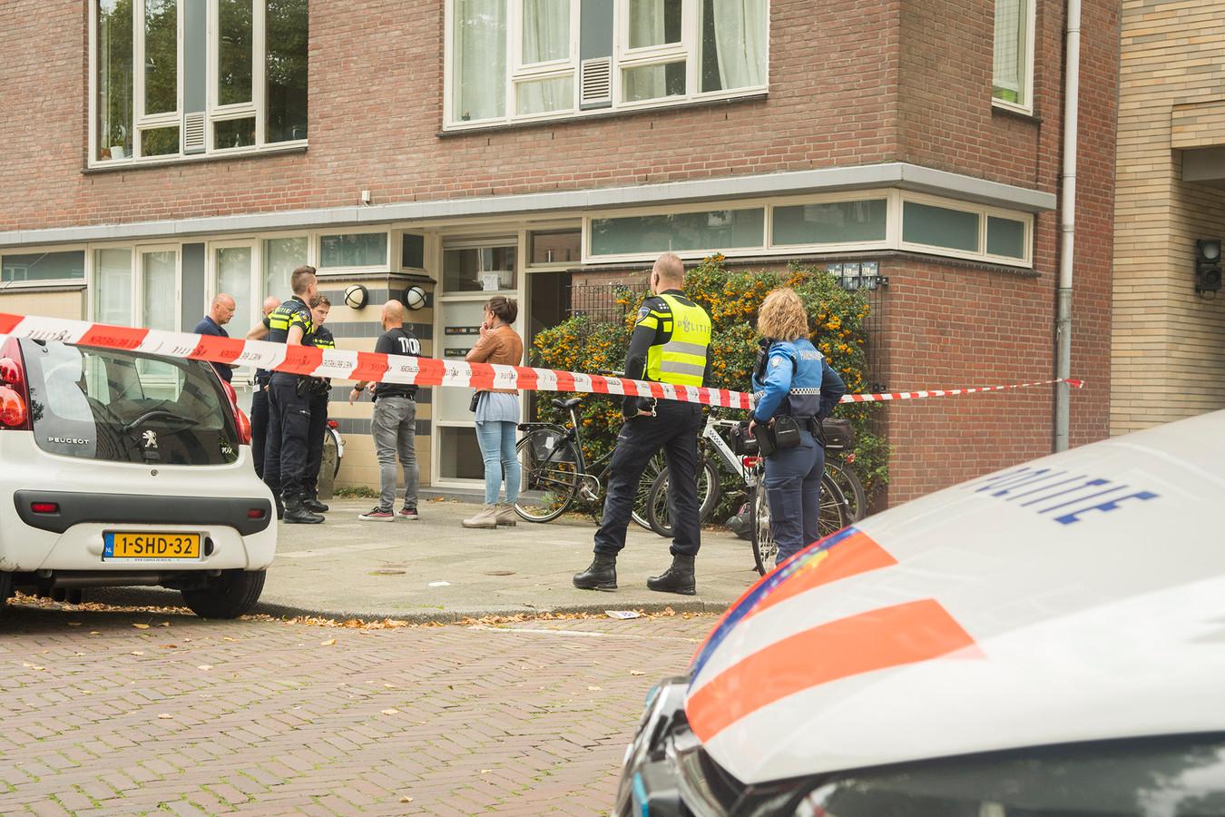 Agenten schoten in september de 37-jarige Utrechter Dustin W. neer, nadat hij een van hen had bedreigd met een mes.