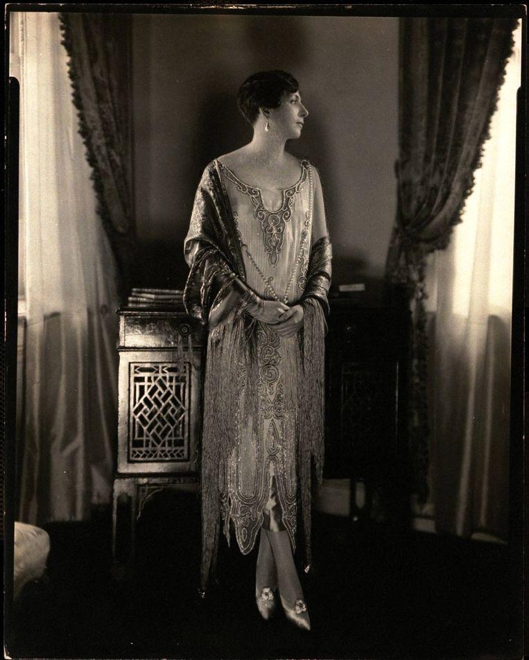 Prinses Rospigliosi draagt een jurk, ontworpen door de vier gezusters Callot. Beeld Edward Steichen / Getty