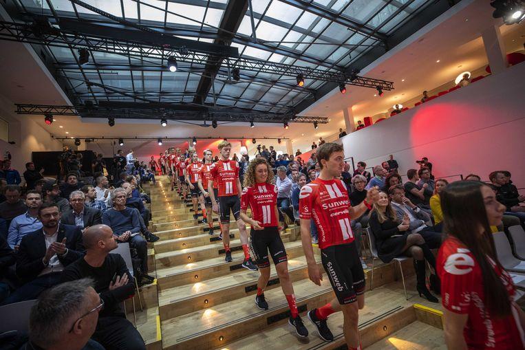 Team Sunweb tijdens de presentatie van de wielerploeg voor 2020. Beeld ANP