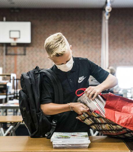 School en moeder lijnrecht tegenover elkaar: zoon (15) geschorst voor niet dragen mondkapje