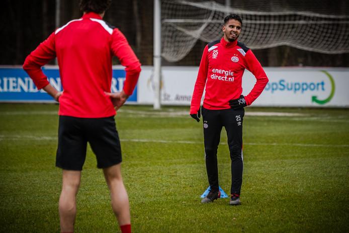 Adam Maher tijdens de eerste training met de PSV-selectie van 2018 op trainingscomplex de Herdgang.