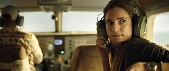 Horizon Line is een spannende survival film met in de hoofdrollen Allison Williams (Get Out, Girls) en Alexander Dreymon (The Last Kingdom).