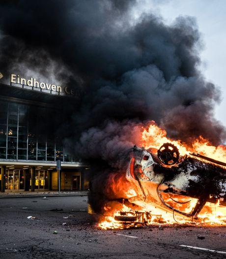 Politie vreest 'nog dagen of weken' van onrust na rellen rond avondklok