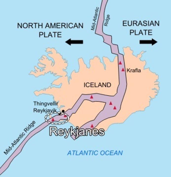 Reykjanes in het westen van IJsland ligt op de Mid-Atlantische bergrug