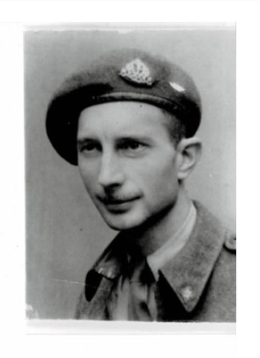 Oud-Amersfoorter Nico de Bode bevrijdde de stad in het uniform van het Canadese leger