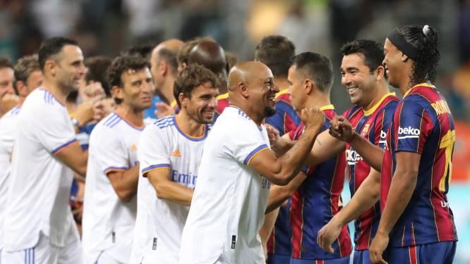 Veel lachende gezichten bij wedstrijd tussen legendes Barcelona en Real Madrid