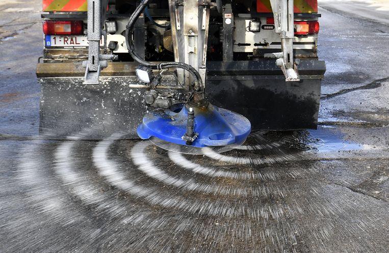 De strooidiensten van AWV beschikken deze winter in totaal over ongeveer 108.000 ton strooizout.