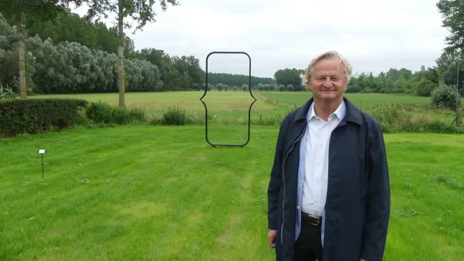 Kunst spotten in kasteeltuin en oude hoeve: galerijhouder Francis (60) tovert domein Ooidonk om tot art festival