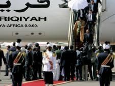 Vliegtuig van playboys en dictators gaat weer 'naar huis'