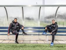 De Zwolse neven Eliano Reijnders (PEC) en Jayden Oosterwolde (FC Twente) zijn goede vrienden. Maar op het veld even niet