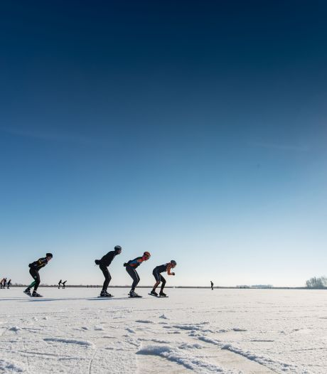 Topschaatsers over de magie van natuurijs: 'Vrijheid, wind op je kop en de strijd tegen de elementen'