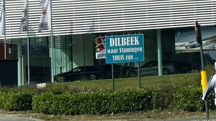 Gekende Dilbeekse slogan zit in een nieuw jasje