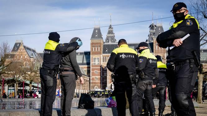 33 arrestaties bij demonstratie in Amsterdam, Museumplein leeggestroomd