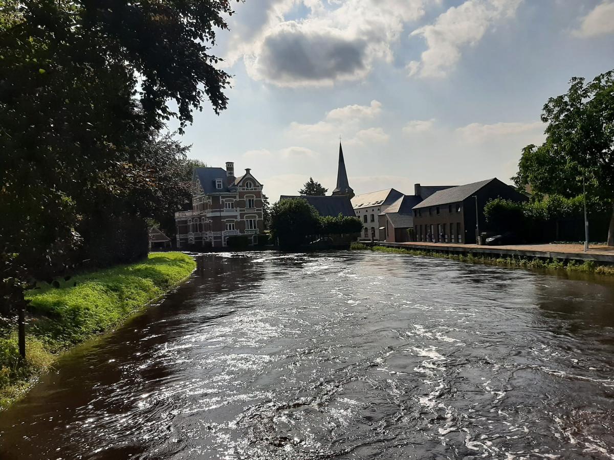 De peilen van de Demer in Zichem en Testelt blijven zakken.