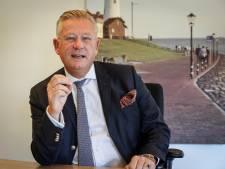 Burgemeester Van Maaren verlaat Urk: 'De dynamiek hier heb ik nooit als belastend ervaren'