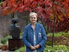 Hoe een Groningse Waalres erfgoed veiligstelde: Pia Wolters stopt na 35 jaar als bestuurslid heemkundekring