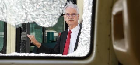 Gedupeerde taxichauffeur 'De Neuze' geraakt door crowdfunding: 'Daar word ik wel even stil van'