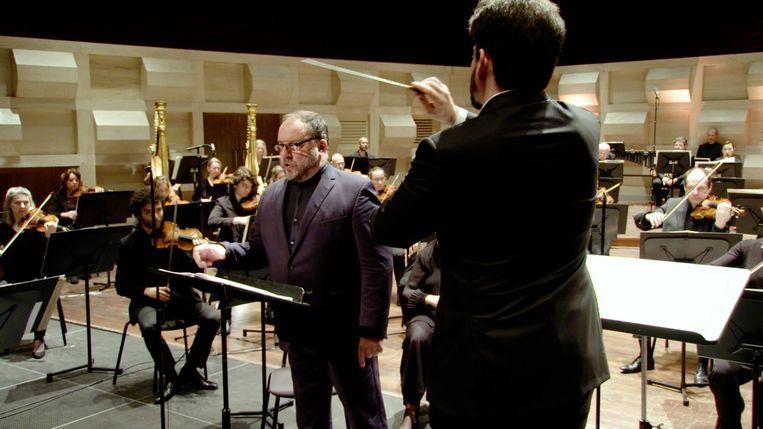 Matthias Goerne bij het Rotterdams Philharmonisch Orkest met dirigent Lahav Shani. Beeld